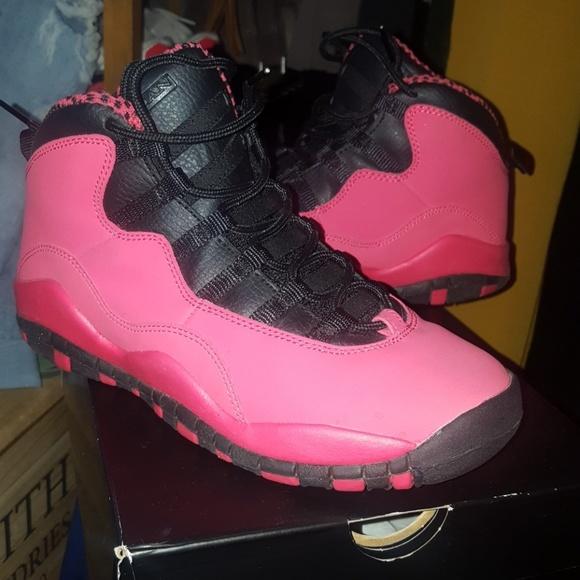a3177280aa1 Girls Air Jordan 10 Retro fits a size 6.5 Women. M_5aa6ff252ab8c5e1ea4d1423